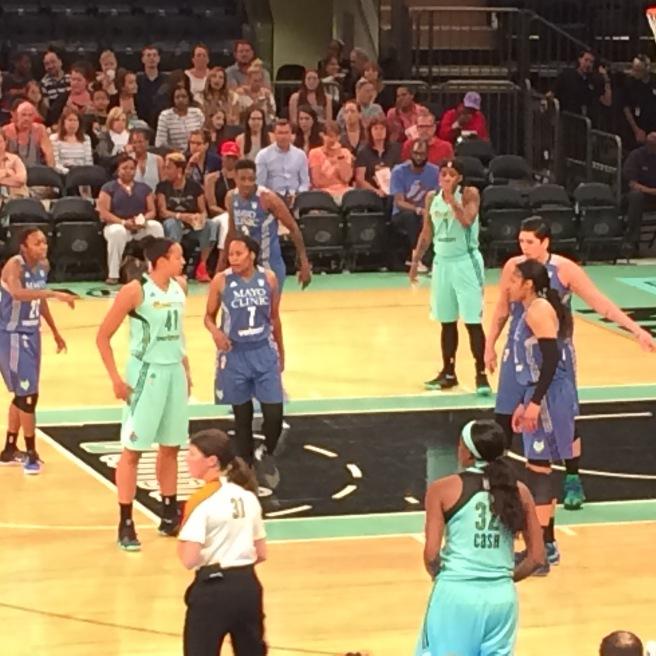 Basketball. Madison Square Garden.