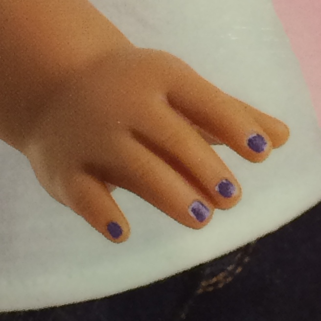 Dolls manicure