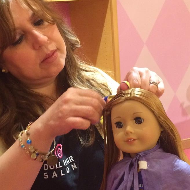 Dolls hairdresser